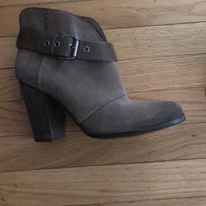 BCBG Taupe Booties BRAND NEW Size 9